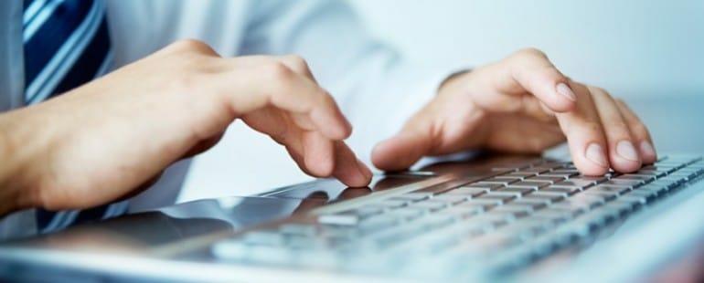 Firmy coraz częściej wykorzystują narzędzia informatyki śledczej Firmy coraz częściej wykorzystują narzędzia informatyki śledczej businessman typing s2 ad7a8c2c6cfcb70f2aa3b44545ea46f4 770x310
