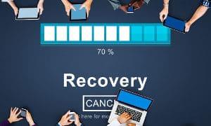 proces-recovery-ludzie-54701628_small2-300x180 UWAŻAJ NA BEZPŁATNE PROGRAMY DO ODZYSKIWANIA DANYCH