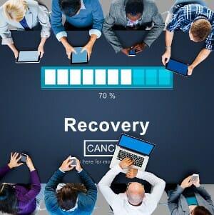 proces-recovery-ludzie-54701628_small2 UWAŻAJ NA BEZPŁATNE PROGRAMY DO ODZYSKIWANIA DANYCH