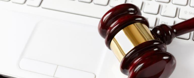 prawo-komputerowe-12661817_small-770x310 6 LIPCA – DZIEŃ RADCY PRAWNEGO