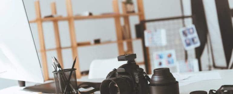 Fotografia-Depositphotos_166507998_ds1-770x310 ODZYSKIWANIE ZDJĘĆ – RATUNEK DLA AMATORÓW SELFIE I PROFEJSNALNYCH FOTOGRAFÓW